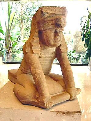 Olmec twin statue from El Azuzul
