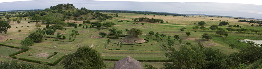 Cahokia-Moundville-Etowah Artifacts Unearthed at Mayan site in Mexico